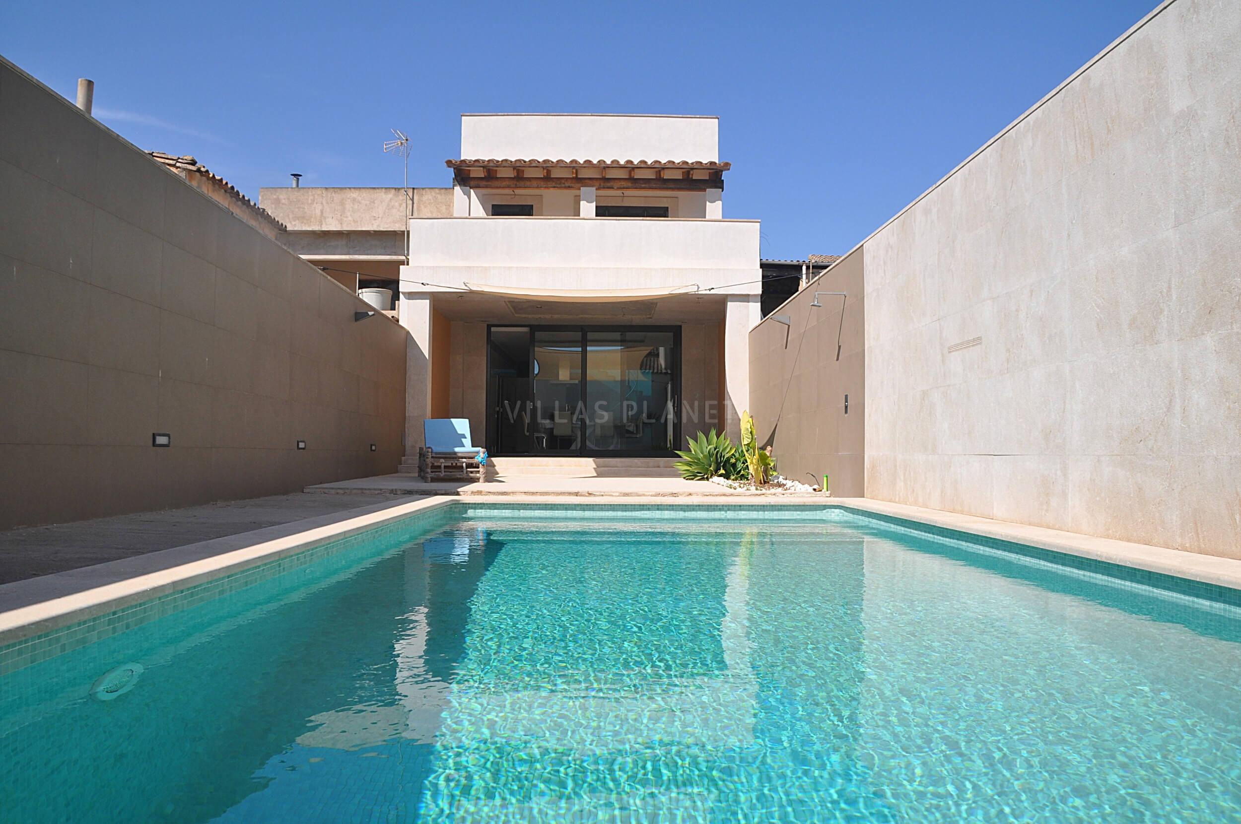 Casa De Pueblo Con Piscina En Llucmajor2 5437v Villas Planet Mallorca